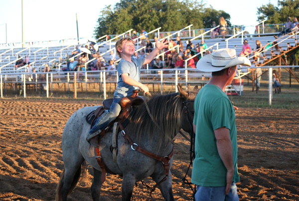 Marble Falls youth rodeo
