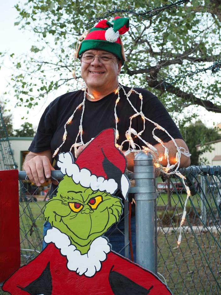 Virgil Belk's Christmas lights display
