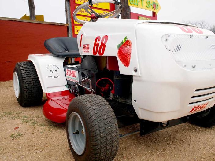 Sweet Berry Farm Lawn Mower Races