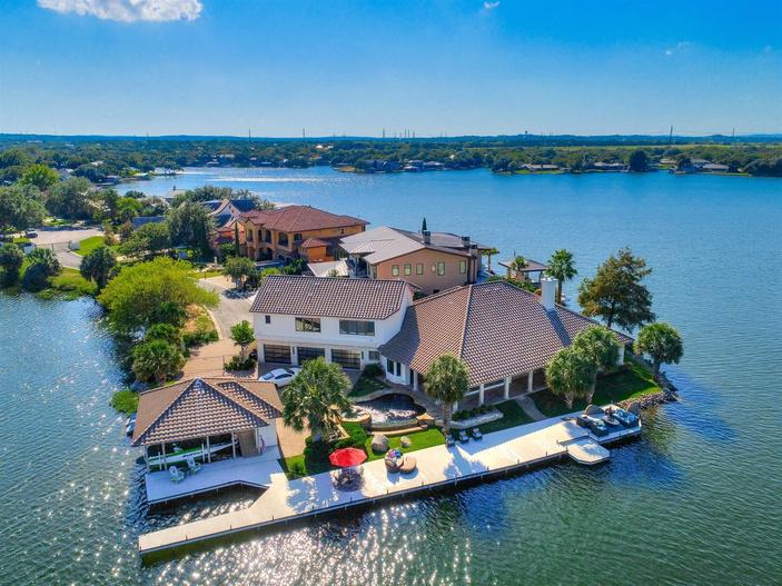 waterfront property lake lbj