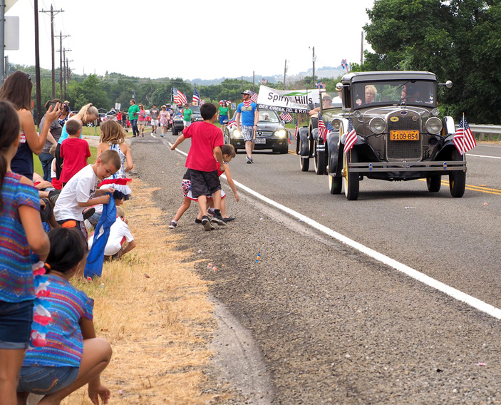 Spicewood Fourth of July parade