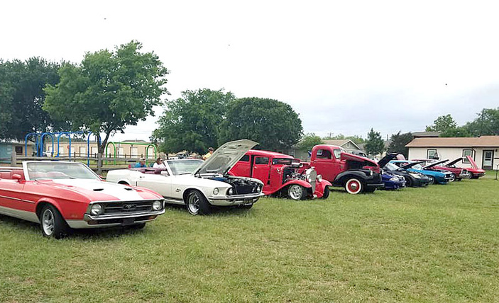 Rumble at the River Car Show