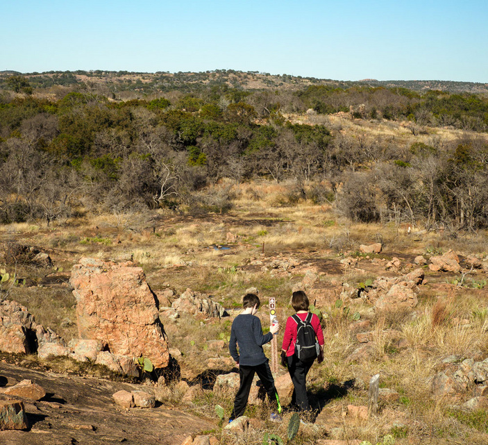 Hiking in Inks Lake State Park