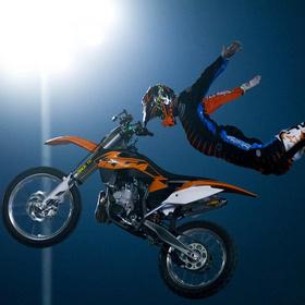 Moto X-Treme Circus